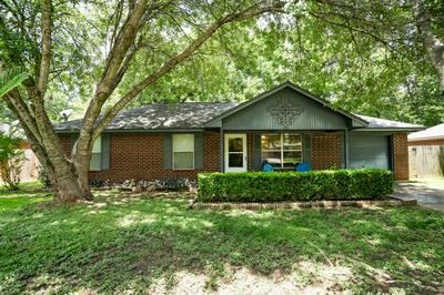 235 N FOREST DR, Willis, TX 77378 - Photo 2