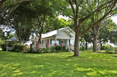 14808 WHITMAN RD, Washington, TX 77880 - Photo 2