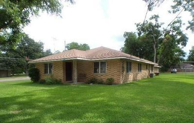 6822 CHURCH ST, Wallis, TX 77485 - Photo 1