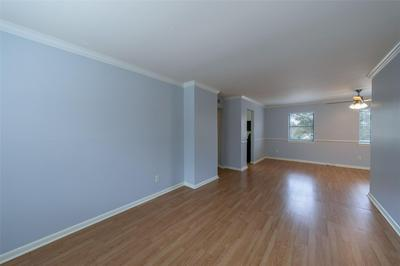 3603 MURWORTH DR APT 4, Houston, TX 77025 - Photo 2