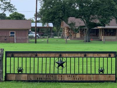 2524 COUNTY ROAD 582A, Brazoria, TX 77422 - Photo 1