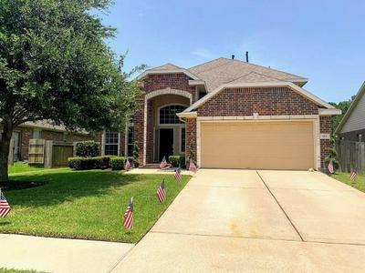 915 BENTWOOD CV, Dickinson, TX 77539 - Photo 1