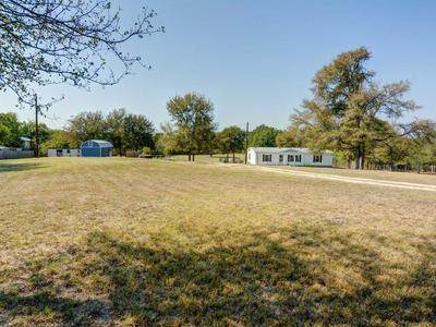 164 VALLEY CREEK DR, Cedar Creek, TX 78612 - Photo 2