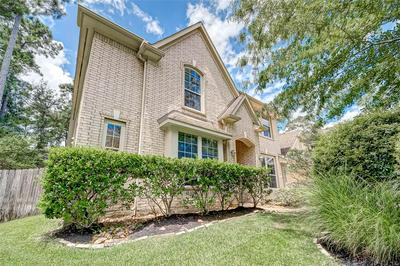74 W FRENCH OAKS CIR, The Woodlands, TX 77382 - Photo 2