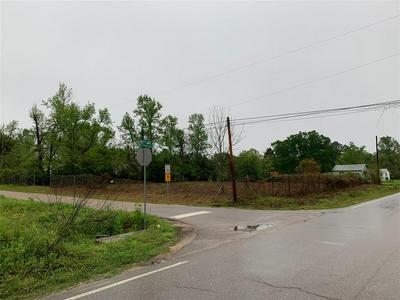 401 E ROGERS RD, Willis, TX 77378 - Photo 2