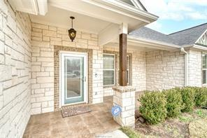 2107 RED RIVER DR, Bryan, TX 77802 - Photo 2