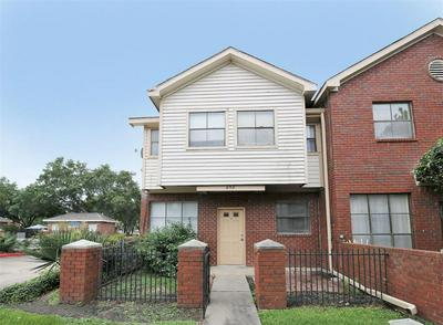 1103 DULLES AVE APT 202, Stafford, TX 77477 - Photo 2