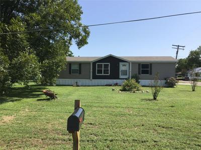 303 N MARKET ST, Bremond, TX 76629 - Photo 2