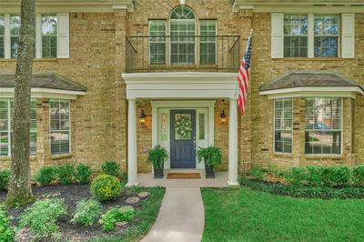27 INDIAN SUMMER PL, The Woodlands, TX 77381 - Photo 2