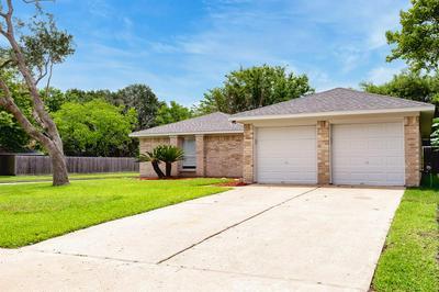 434 VILLAGE CREEK DR, Houston, TX 77598 - Photo 2