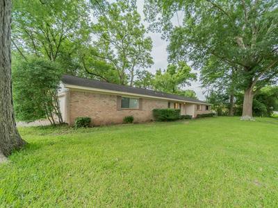 219 LONGSTREET RD, Willis, TX 77378 - Photo 2