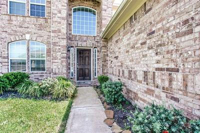 2863 GINGER COVE LN, DICKINSON, TX 77539 - Photo 2