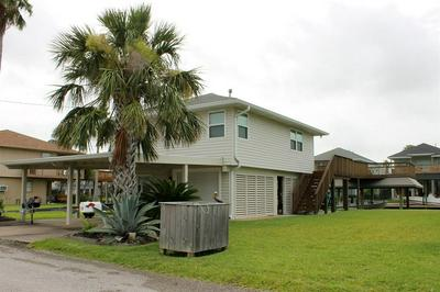 555 POMPANO ST, Bayou Vista, TX 77563 - Photo 2