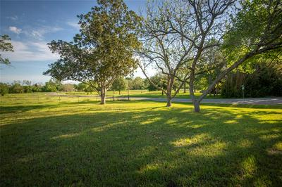 1732 OLD INDEPENDENCE RD, BRENHAM, TX 77833 - Photo 2