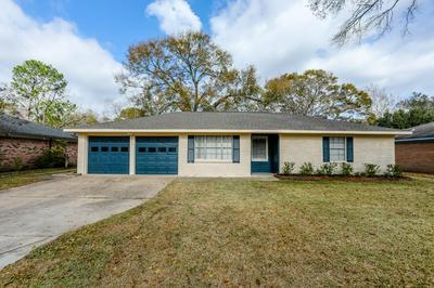 5722 FIRENZA DR, Houston, TX 77035 - Photo 1