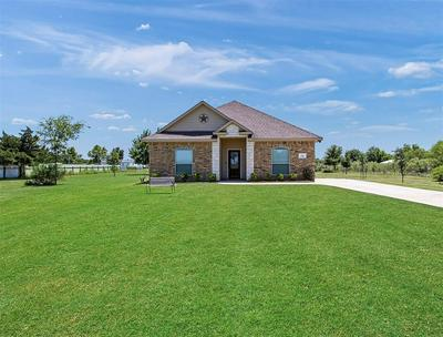 5947 MOCKINGBIRD LN, Sealy, TX 77474 - Photo 2