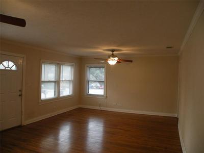 1527 AVENUE N, Huntsville, TX 77340 - Photo 1