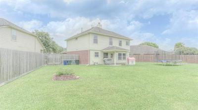 210 PEBBLE WALK LN, Dickinson, TX 77539 - Photo 1