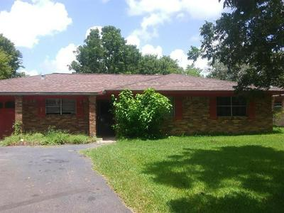 176 COUNTY ROAD 214, Bay City, TX 77414 - Photo 2