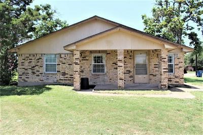 2005 5TH ST, HEMPSTEAD, TX 77445 - Photo 1