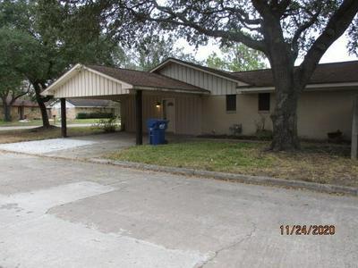 3400 LANARKSHIRE ST, Bay City, TX 77414 - Photo 2
