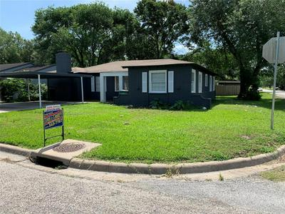 1311 ALVIN ST, El Campo, TX 77437 - Photo 1