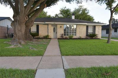 1182 BOURNEWOOD DR, Sugar Land, TX 77498 - Photo 1