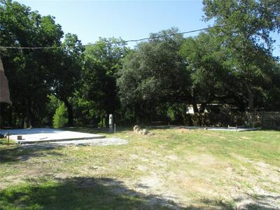 5916 COUNTY ROAD 924, Sweeny, TX 77480 - Photo 2