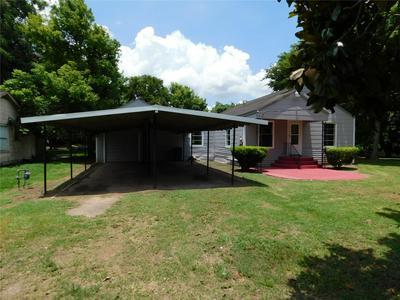 403 ROXANNA ST, Boling, TX 77420 - Photo 1