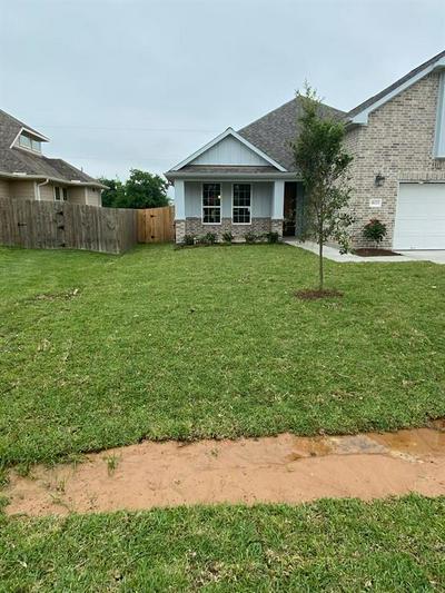 9123 ANNA ST, Needville, TX 77461 - Photo 2