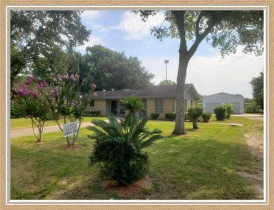 3113 AVENUE D, Bay City, TX 77414 - Photo 2