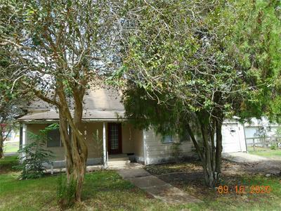 7218 AVENUE B, Beasley, TX 77417 - Photo 1