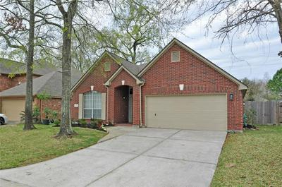 2207 BLOSSOM CREEK TRL, Kingwood, TX 77339 - Photo 2