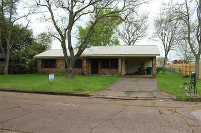 1410 HOOKS ST, CROCKETT, TX 75835 - Photo 1