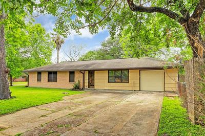 4502 NINA LEE LN, Houston, TX 77092 - Photo 2