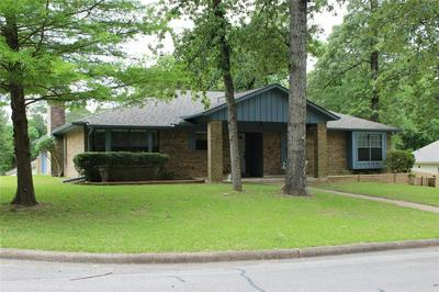 1901 E LAKE DR, Huntsville, TX 77340 - Photo 2
