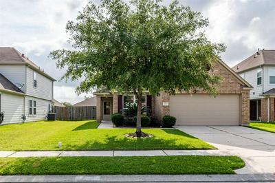 8014 PICKLING LN, Baytown, TX 77521 - Photo 1