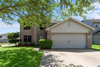10634 COUNTRY SQUIRE BLVD, Baytown, TX 77523 - Photo 1