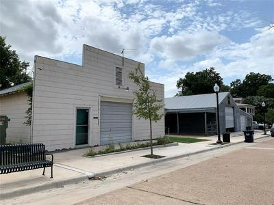 401 S PARK ST # 407, Brenham, TX 77833 - Photo 1