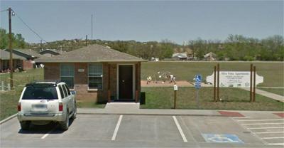 621 JEFFERSON ST, SANTA ANNA, TX 76878 - Photo 2