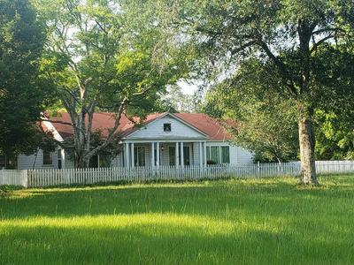 3221 CENTER RD, Nacogdoches, TX 75961 - Photo 1