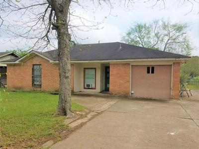 3323 SCHROEDER AVE, Needville, TX 77461 - Photo 1