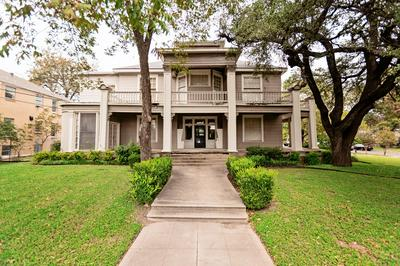 6 W FRENCH AVE, Temple, TX 76501 - Photo 1