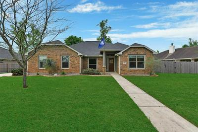 913 FORD AVE, DAYTON, TX 77535 - Photo 1