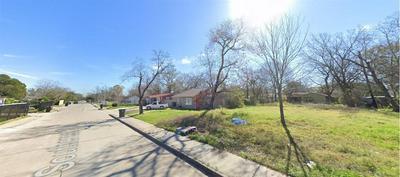5942 SOUTHCREST ST, Houston, TX 77033 - Photo 1