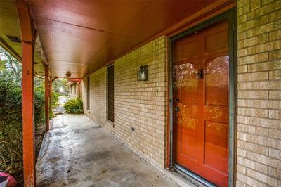 1004 COUNTY ROAD 452, Sweeny, TX 77480 - Photo 2