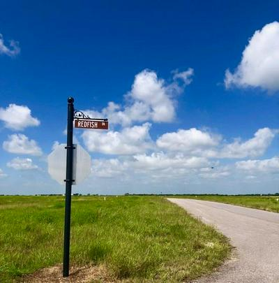 33 REDFISH DR, Port Lavaca, TX 77979 - Photo 1