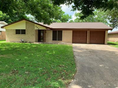 308 LEONARD ST, Angleton, TX 77515 - Photo 2