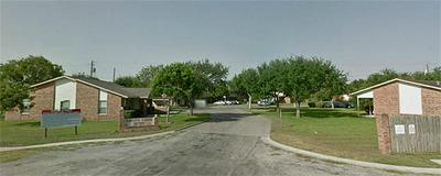 1500 HACKBERRY LN, MATHIS, TX 78368 - Photo 1