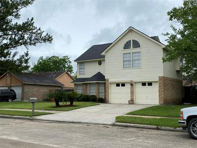 2110 WILSHIRE PARK DR, Houston, TX 77038 - Photo 2